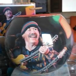 38 Zandschildering Carlos Santana