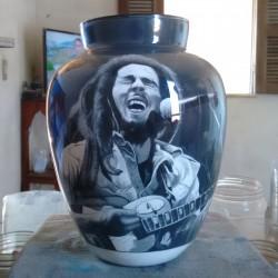 43 Zandschildering Bob Marley